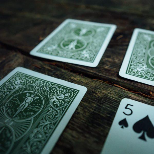 Luonteenpiirre kortit
